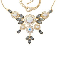 ANC9   Gold Plated Metal Alloy and Austrian Crystal Floral Necklace Jewelari of London